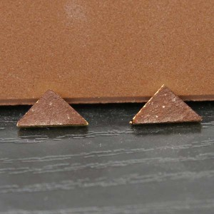"""1/3"""" Brown Victorian Tile Triangles - Pack of 10"""